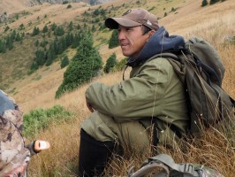 21_ovini-expeditions-Kazakhstan-guide kazakh.jpg