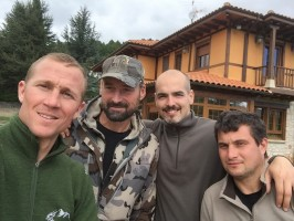 a4-anthony-equipe-espagnole-chasse-cerf-brame-ovini-expeditions.jpg