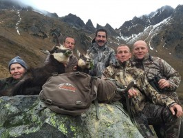 chasse-chamois-luc-alphand-guide-anthony-ovini-alpes-du-nord.jpg
