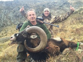daniel-chasse-mouflon-ovini-expeditions.jpg