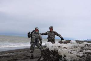 e-3-b-ovini-expeditions-Kamtchatka-chasse-extreme-ours-.jpg
