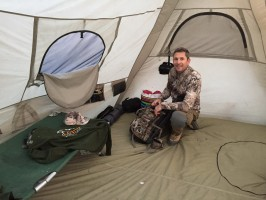 i-couchage-camp-exterieur-chasse-cerf-ovini-expeditions.JPG