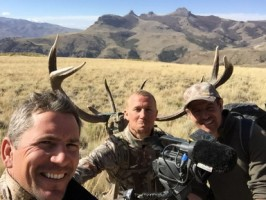 m1-bellle-equipe-chasse-cerf-argentine-ovini-expeditions.JPG