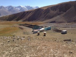 ovini-expeditions-chasse-kirghizstan-camp-de_base.jpg