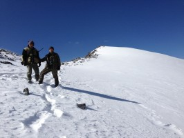 ovini-expeditions-chasse-kirghizstan-neige-et-soleil.jpg