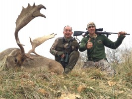 trophee-daim-15-ans-chasse-ovini-expeditions.JPG