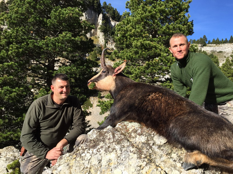belle-journee-pour-chasse-chamois-vercors-ovini-expeditions